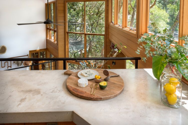Concreate kitchen, Berowra Waters